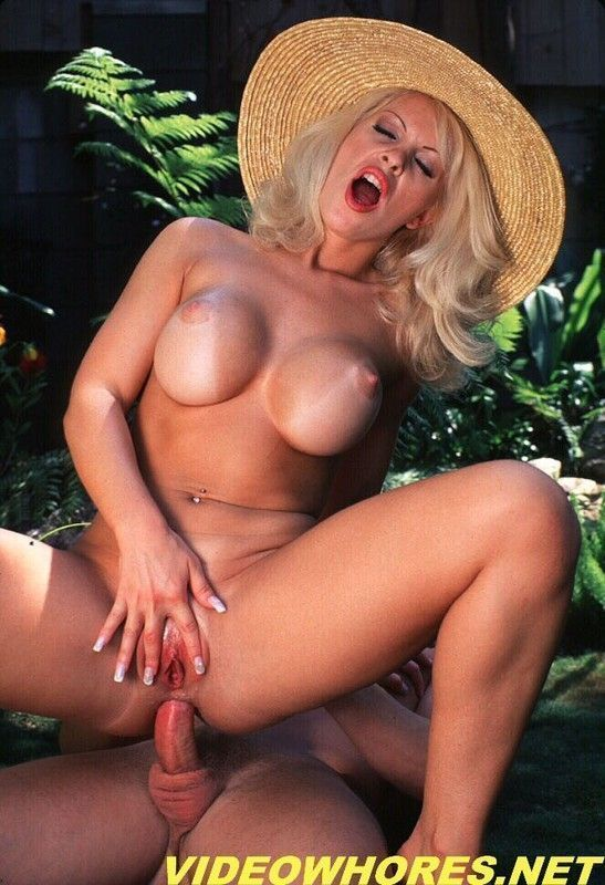 porn Dolly golden
