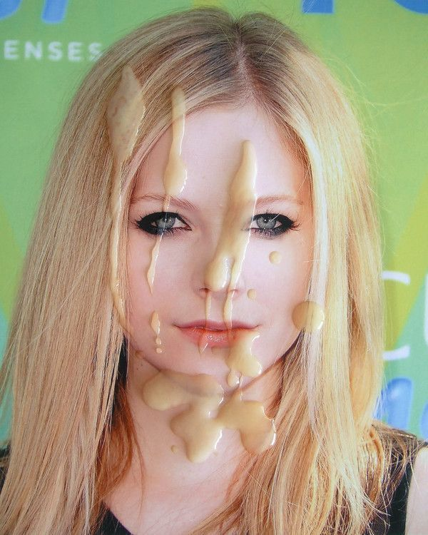 Avril lavigne cum about still