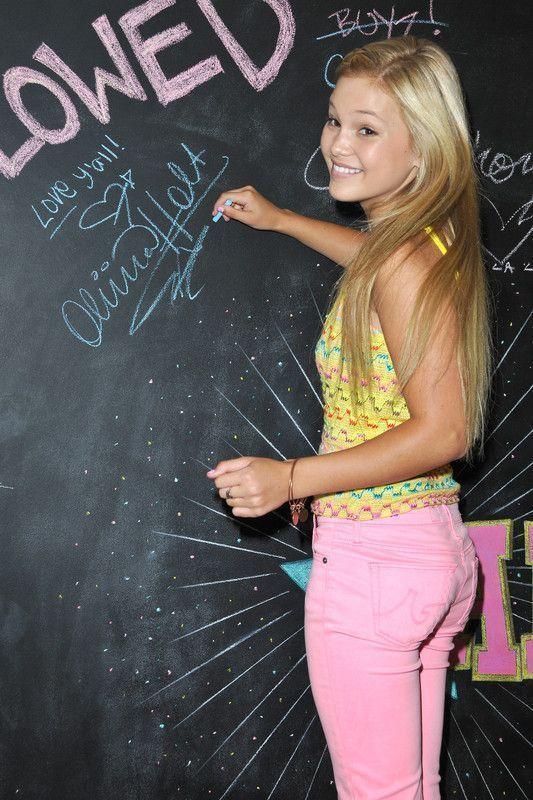 Nouvelle merveille du blog : Olivia Holt (3)