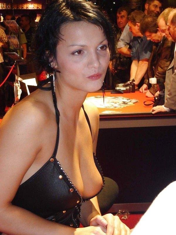 случайные фото груди